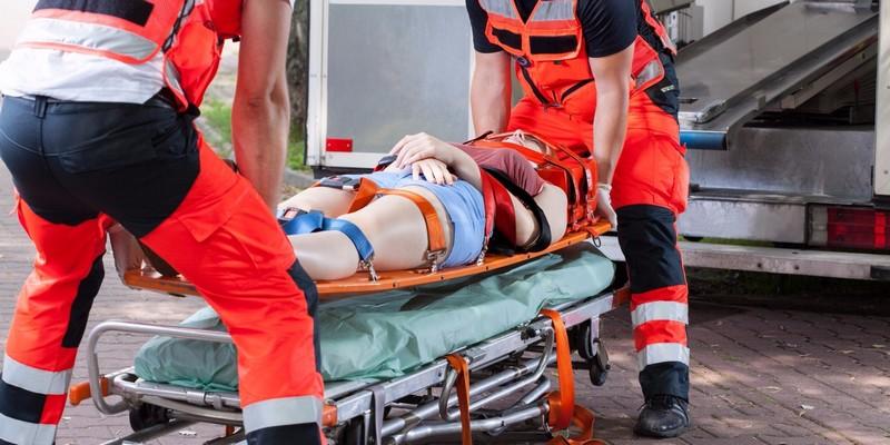 Транспортировка больного с переломом позвоночника