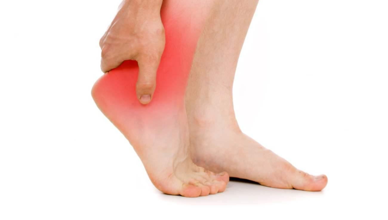 Боли в ногах при остеохондрозе: симптомы и лечение