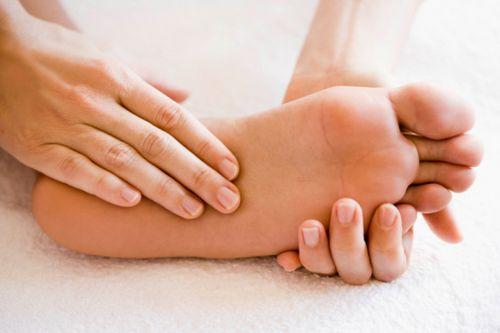 При грыже немеет правая нога — Импульс здоровья